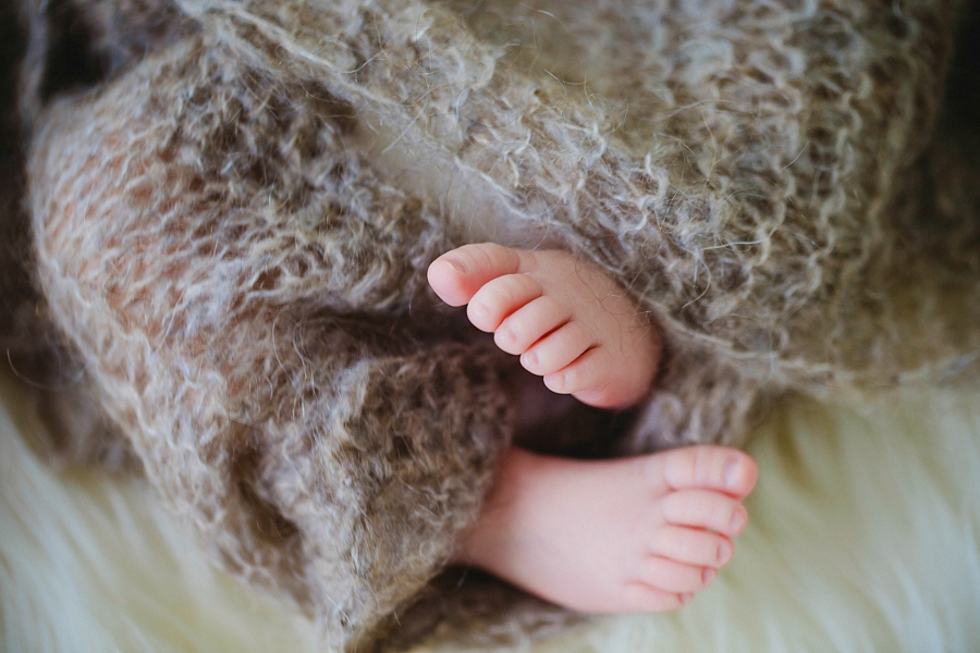 fotografin-newbornshooting-neugeborenes-babyshooting-babyfotos-schwangerschaftsshooting-aachen-herzogenrath-uebach-palenberg-geilenkirchen-koeln-duesseldorf-heinsberg-nrw-blog_008
