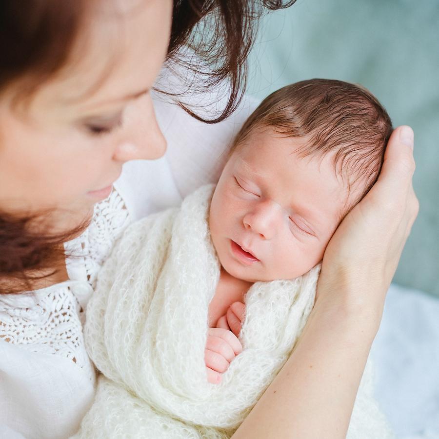 fotografin-newbornshooting-neugeborenes-babyshooting-babyfotos-schwangerschaftsshooting-aachen-herzogenrath-uebach-palenberg-geilenkirchen-koeln-duesseldorf-heinsberg-nrw-blog_021