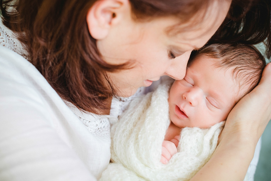 fotografin-newbornshooting-neugeborenes-babyshooting-babyfotos-schwangerschaftsshooting-aachen-herzogenrath-uebach-palenberg-geilenkirchen-koeln-duesseldorf-heinsberg-nrw-blog_024