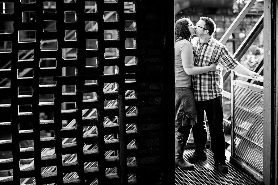 engagementshooting-engagement-herzogenrath-kohlscheid-aachen-duisburg-landschaftspark-duisburg-nord-duesseldorf-koeln-heinsberg-niederlande-paarfotos-uebach-palenberg-geilenkirchen-eschweiler-hochzeitsfotografin-blog-001_037