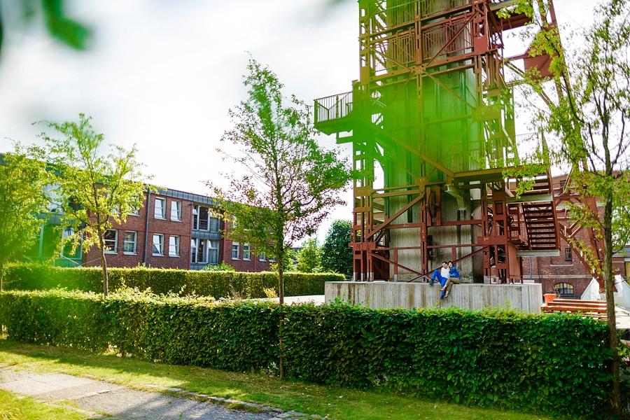 engagementshooting-engagement-essen-zeche-zollverein-duesseldorf-aachen-koeln-heinsberg-niederlande-paarfotos-hochzeitsfotografin_025