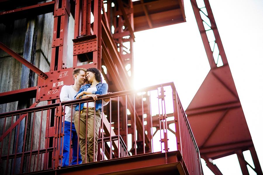 engagementshooting-engagement-essen-zeche-zollverein-duesseldorf-aachen-koeln-heinsberg-niederlande-paarfotos-hochzeitsfotografin_028