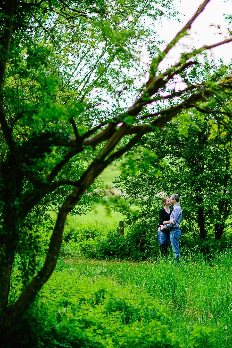 engagementshooting-paarshooting-hochzeitsfotografin-fotografin-aachen-sieben-quellen-hof-seffent-nrw-geilenkirchen-uebach-palenberg-eschweiler-duesseldorf-koeln-heinsberg-blog_003
